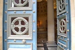 Porte d'entrée chapelle expiatoire