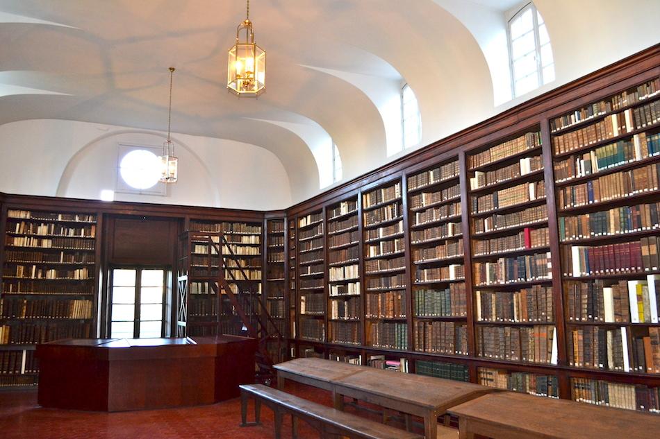 Bibliothèque 5 - Centre culturel irlandais