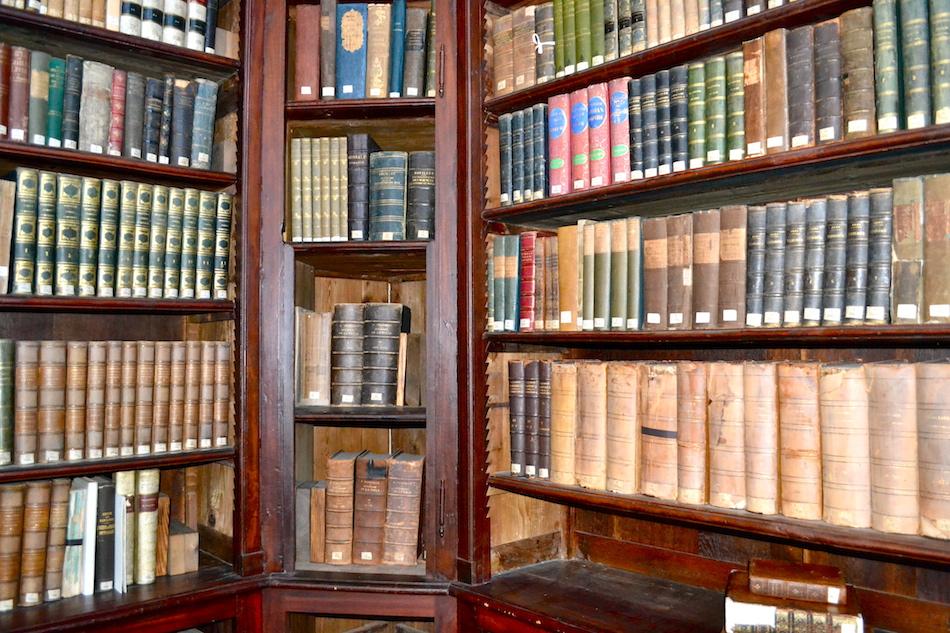 Bibliothèque 6- Centre culturel irlandais